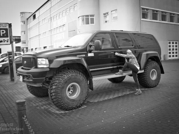 Car Life – Iceland